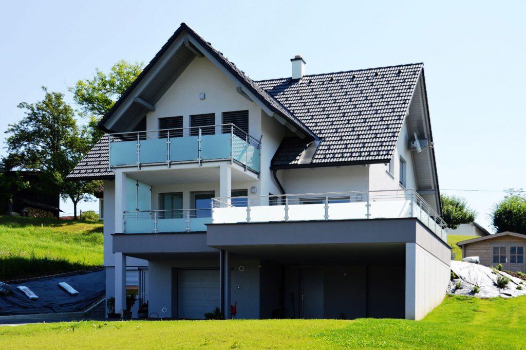 Haus mit Satteldach-Bauunternehmung Kiegerl